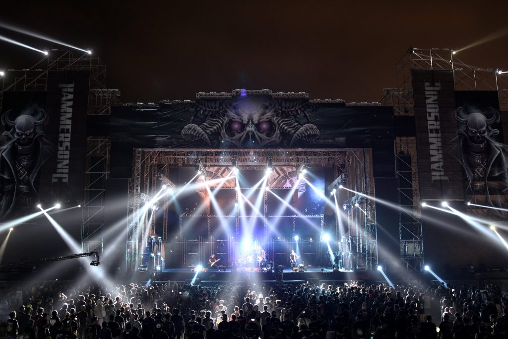 Hammersonic-Beautiful-Stage-Lighting-1024x683